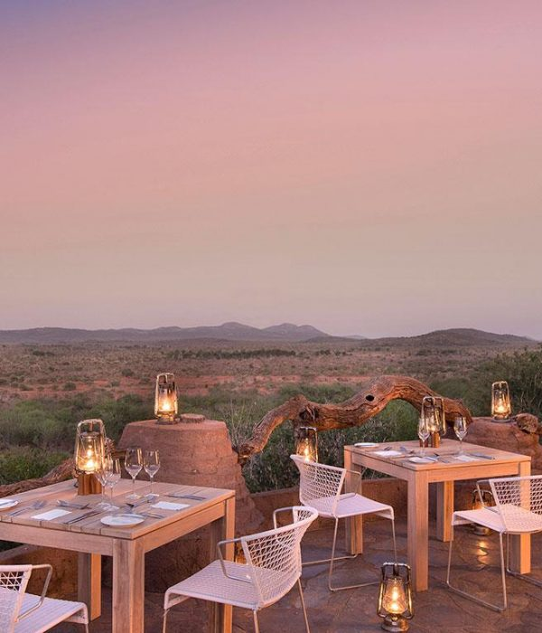 Cropped-MSL-DITHABA-SKY-DECK-GUEST-DINING-AREA2-edited